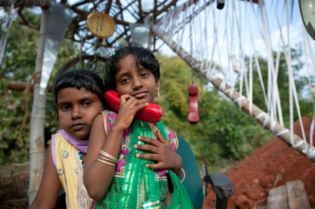 Telefoneando en Auroville