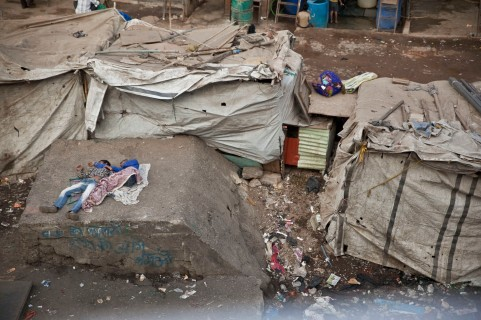 La vida debajo de los puentes de Bombay